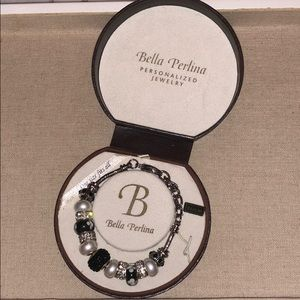 NWT Bella Perlina necklace